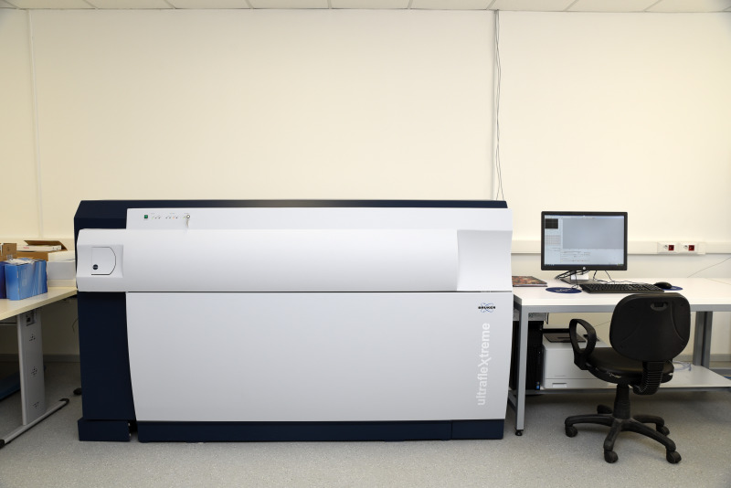 MALDI-TOF/TOF Kütle Spektrometresi